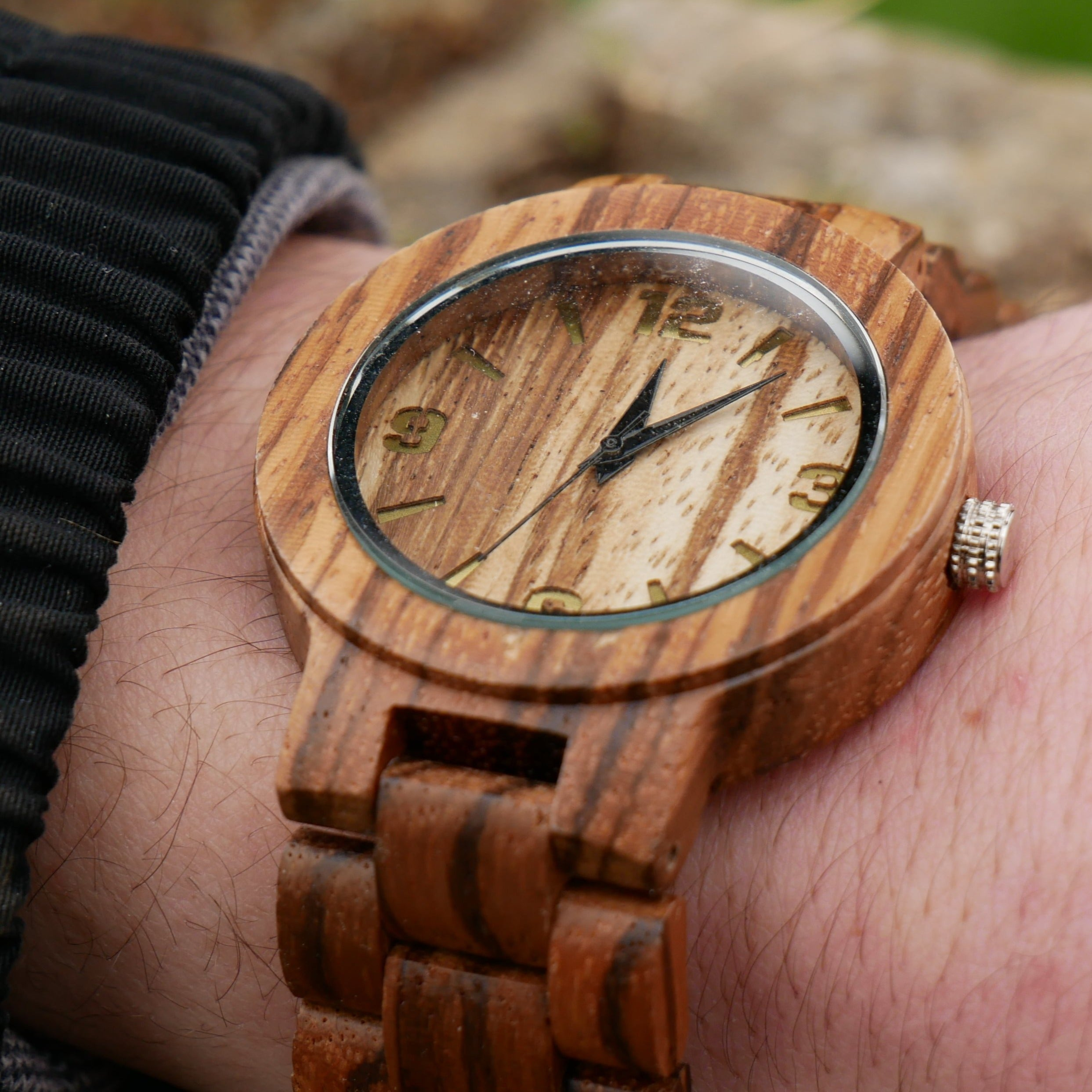 The Sparrow (Zebrawood)