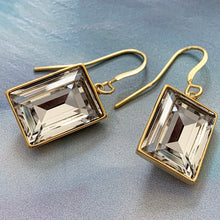 Load image into Gallery viewer, rectangelo crystal earrings
