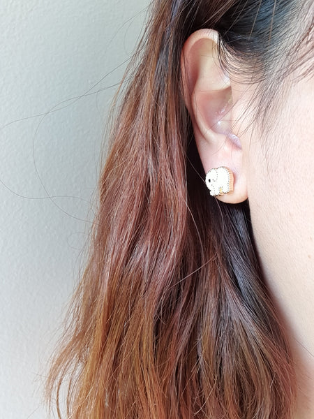 Lovable elephant stud earrings