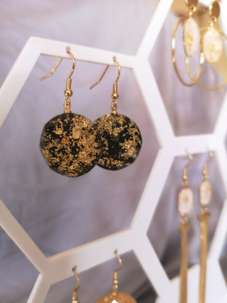 East & West Fusion gold flakes resin Round drop earrings (Black/White)