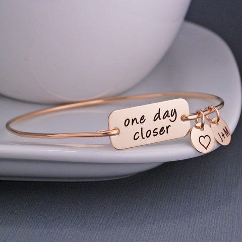 One Day Closer Bracelet - gold