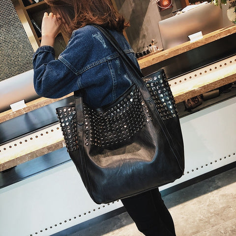 Tote Rivet Large Capacity Soft Leather Casual Black