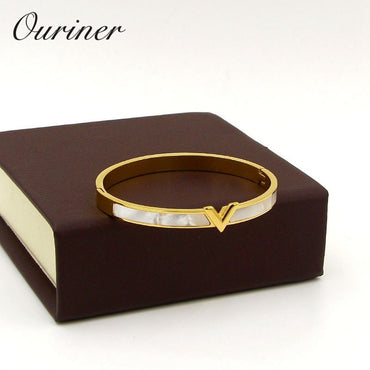 Natural Shell V Shape Bracelet & Bangle
