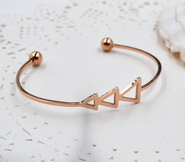 Small Scratch Triangle Open Bracelet Bangles