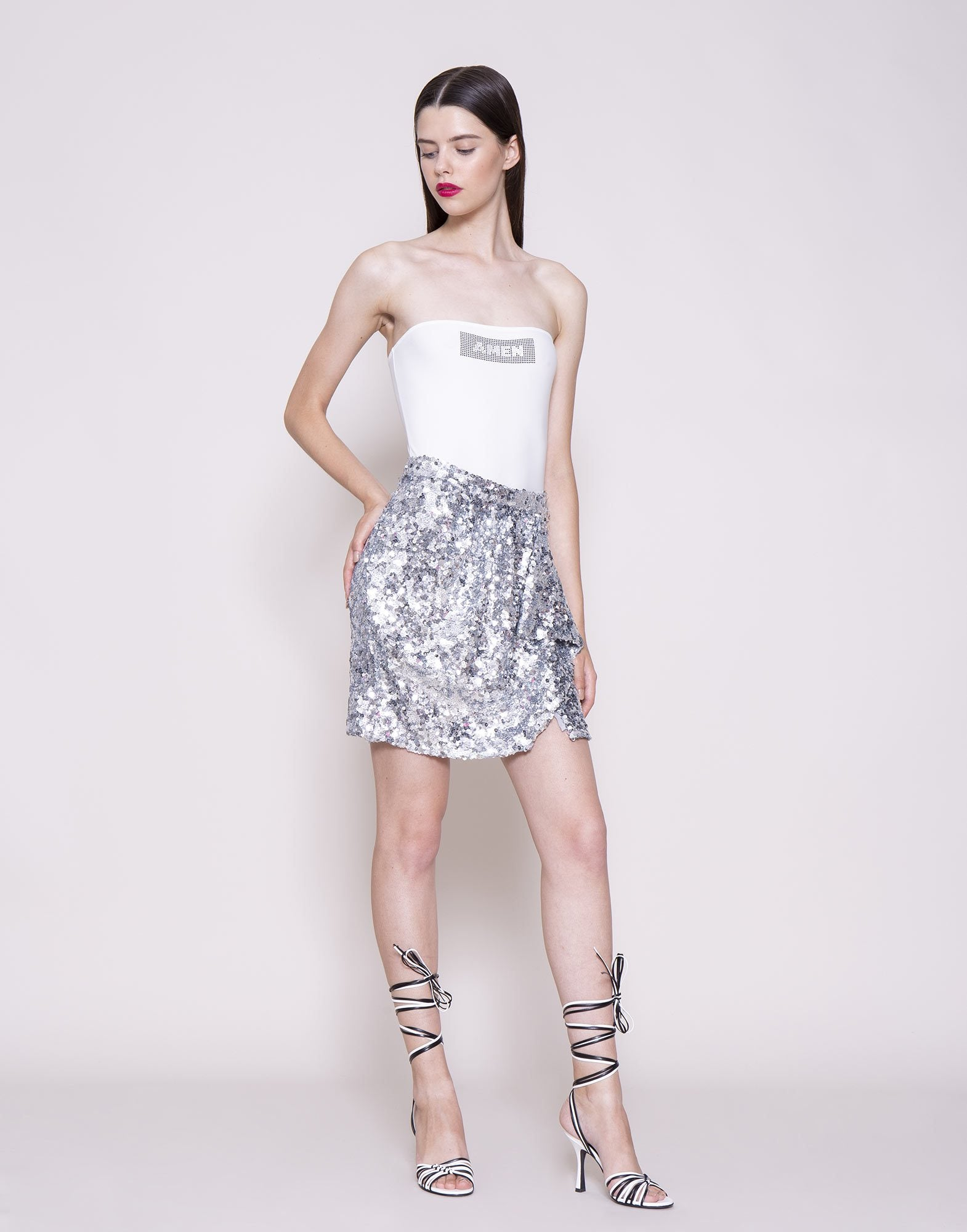 Sequins mini skirt
