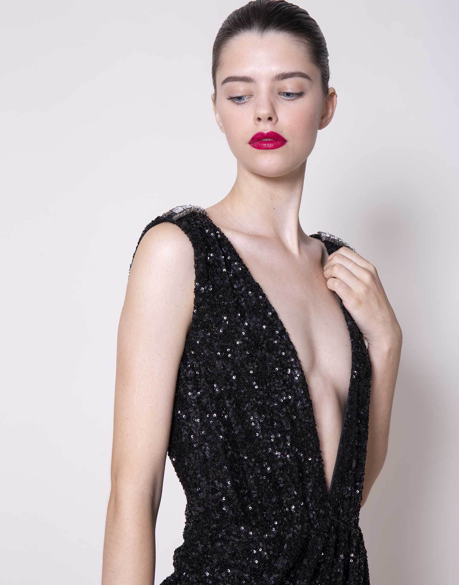 AMEN-SEQUINS-V-CLEAVAGE-DRESS-AMS20403
