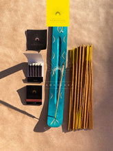 Load image into Gallery viewer, Namaskarasu Air Element Presence - 36 x Herb Incense - 1 x Incense Wood Holder «The Shadow Talks»