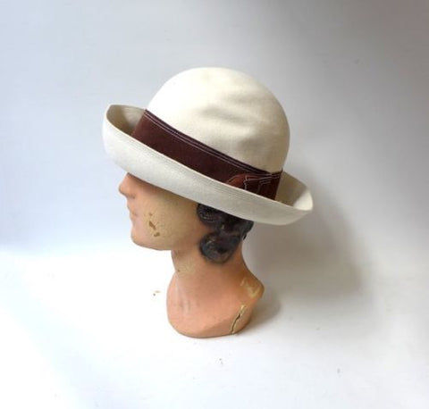 Vintage 1960s beige cream wool felt hat with brown leather fringe trim