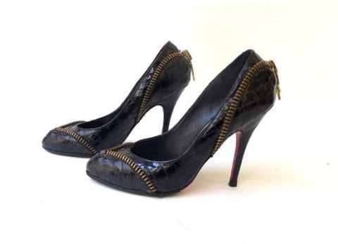 Vintage Betsey Johnson zipper faux crocodile black patent leather stilettos