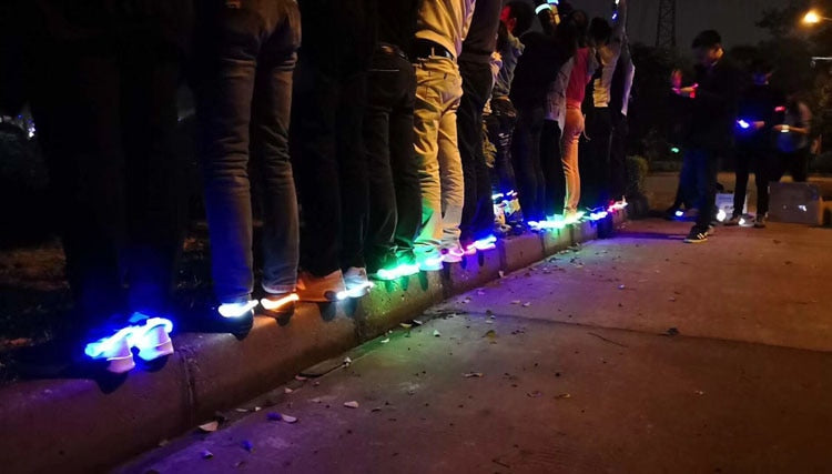 Astounding Luminous Shoe Clip - ChoiceBird