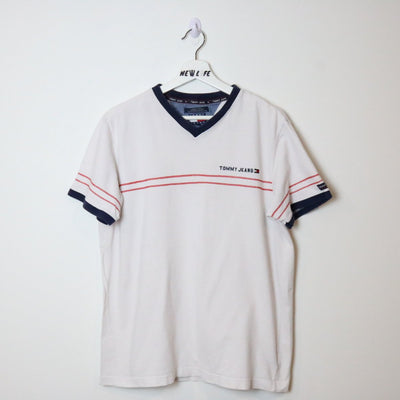 Vintage Tommy Jeans Tee - M/L-NEWLIFE Clothing
