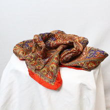 Load image into Gallery viewer, Vintage Printed Scarf