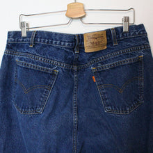 "Load image into Gallery viewer, Vintage Levi's Orange Tab Jeans - 36""-NEWLIFE Clothing"