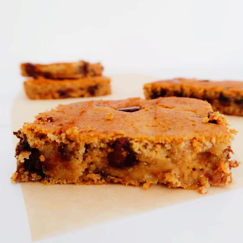 TAHINI DATE CHICKPEA BLONDIES
