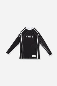 black nogi compression gear jiujitsu F/W 19 RANKED RASH GUARD LONG SLEEVES 220 GSM Polyester X Lycra Side ventilation panel Cool MAX Unique and Minimalistic design with clean logos vhts europe