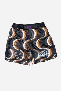 "IWAYA X VHTS Collab Kinetic COMBAT SHORTS The shorts is made with 100% Polyester. Tongue style Velcro closure (protecting skin) Elastic waist band Round side split Sublimation printing Flat draw string (plastic dip) Mouth guard pocket 8"" inseam vhts europe"