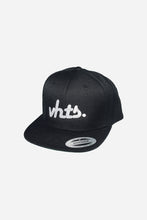 Load image into Gallery viewer, VHTS CLASSIC Snapback One Size Color: Black Embroidery: White shell fabric 1: 80% acrylic 20% wool, A/WOOL SERGE, 382 GSM vhts europe