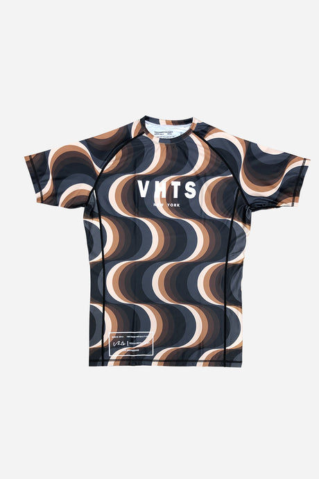 IWAYA X VHTS Collab Kinetic short sleeve rash guard Polyester 80% x Lycra 20% Sublimation printing Reflective heat press vinyl vhts europe
