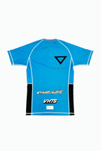 Load image into Gallery viewer, brazilian jiu jitsu compression gear vhtseurope vhtsny 2019 S/S Ranked rash guard blue short sleeves 80 % polyester 20% lycra side mesh fabric panel for better ventilation and humidity control contrast stitching sublimation printing vhts europe