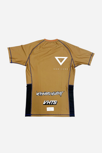 brazilian jiu jitsu compression gear vhtseurope vhtsny 2019 S/S Ranked rash guard brown short sleeves 80 % polyester 20% lycra side mesh fabric panel for better ventilation and humidity control contrast stitching sublimation printing vhts europe