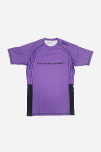 brazilian jiu jitsu compression gear vhtseurope vhtsny 2019 S/S Ranked rash guard purple short sleeves 80 % polyester 20% lycra side mesh fabric panel for better ventilation and humidity control contrast stitching sublimation printing vhts europe