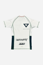 Load image into Gallery viewer, brazilian jiu jitsu compression gear vhtseurope vhtsny 2019 S/S Ranked rash guard white short sleeves 80 % polyester 20% lycra side mesh fabric panel for better ventilation and humidity control contrast stitching sublimation printing vhts europe