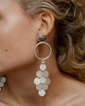 Load image into Gallery viewer, Chandelier Bezel Earrings