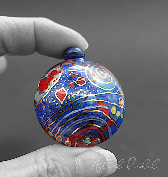 Gold art bead- Blue sky_ Astrid Riedel glass art