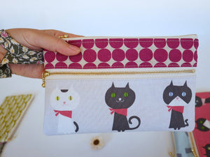 Double zipper pouch with wristlet strap, cat white