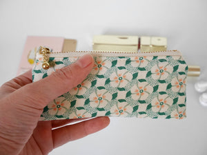 Cute change purse, mini zipper pouch, vintage style