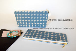 Cosmetic travel bag, cosmetic pouch, medium zipper pouch, polka dot