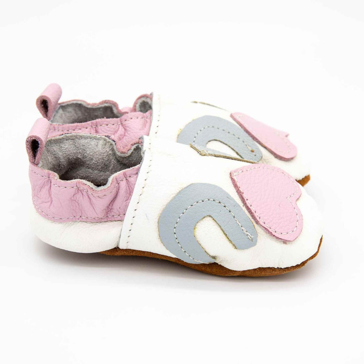 Soft soled leather shoes - Small (0 - 6 months).