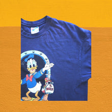 Load image into Gallery viewer, Vintage Donald Duck Tshirt