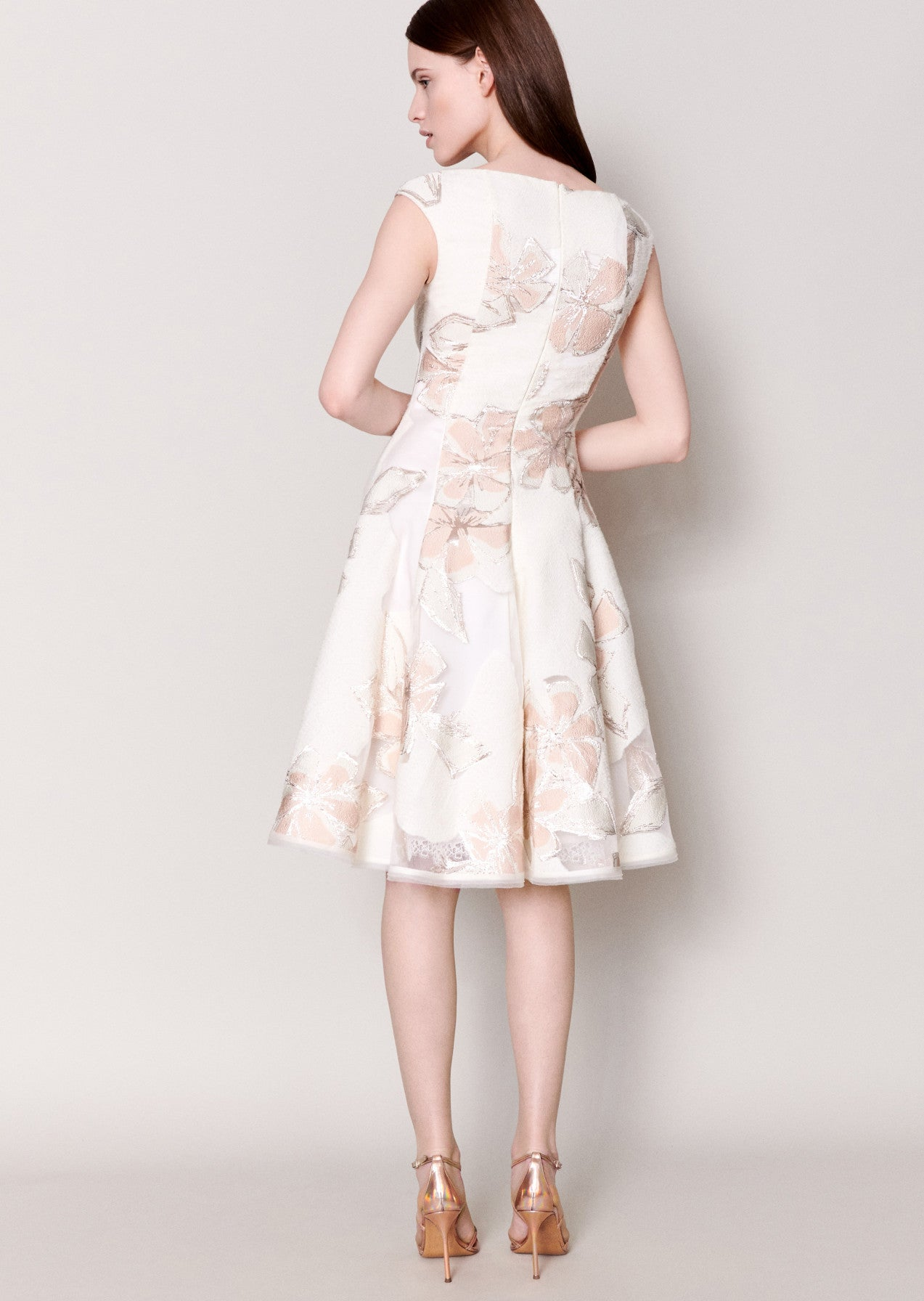 Cocktailkleid Korbut21 in Offwhite
