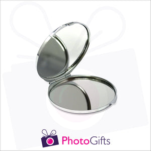 Opened personalised round compact mirror with your own choice of image on the front as produced by Photogifts.co.uk