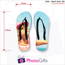 Load image into Gallery viewer, Dimensions of Small kids sized personalised flip-flops with your own choice of image as produced by Photogifts.co.uk