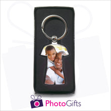 Load image into Gallery viewer, Sports shaped metal keyring in presentation box with your own choice of image on the keyring as produced by Photogifts.co.uk