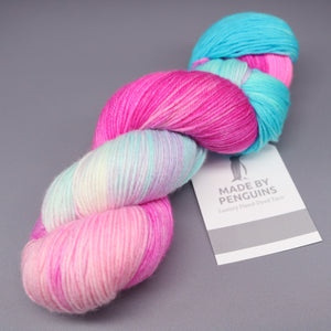 Mermaid 07-10: 85% ExtraFine Merino & 15% Nylon (4PLY)