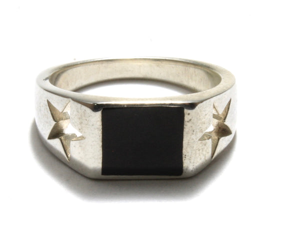 Onyx Star Signet Ring
