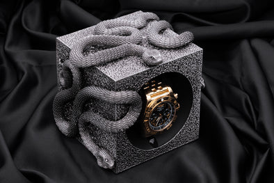 ADATTE DESIGN X SWISS KUBIK SNAKES WATCH WINDER