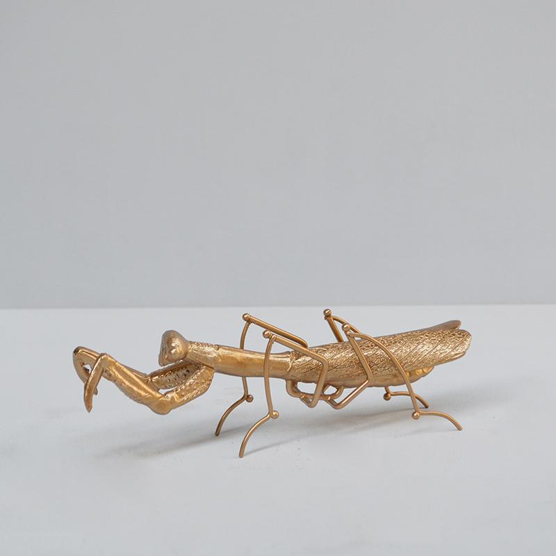 Praying Mantis. Gold