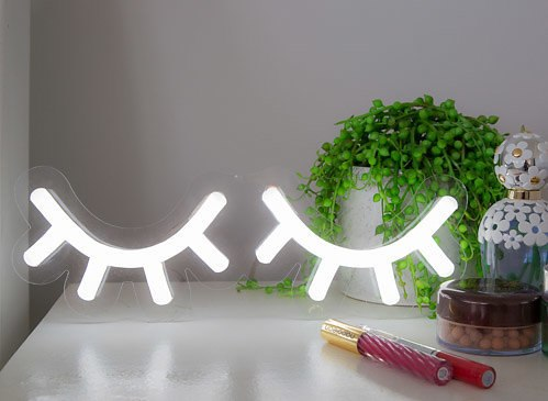 """Sleepy Eyes"": neon light Cool White"