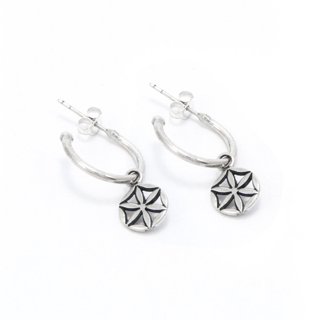 Fortune hoop earrings