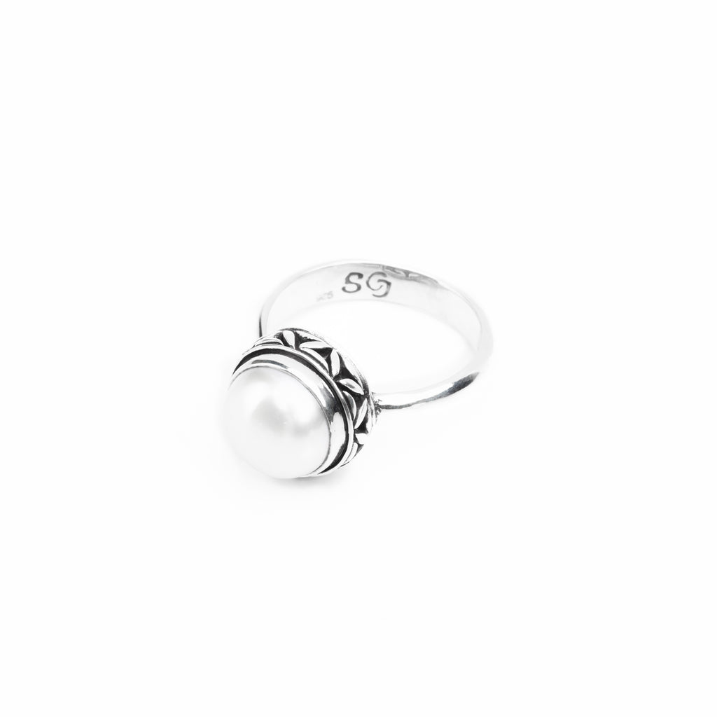 Holiday Pearl Ring