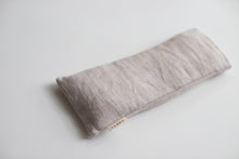 Load image into Gallery viewer, Lavender & Rose Aromatherapy Eye Pillow