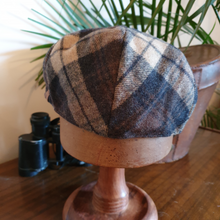 Load image into Gallery viewer, Checked Flat Cap