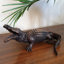 Load image into Gallery viewer, Alligator Figurine