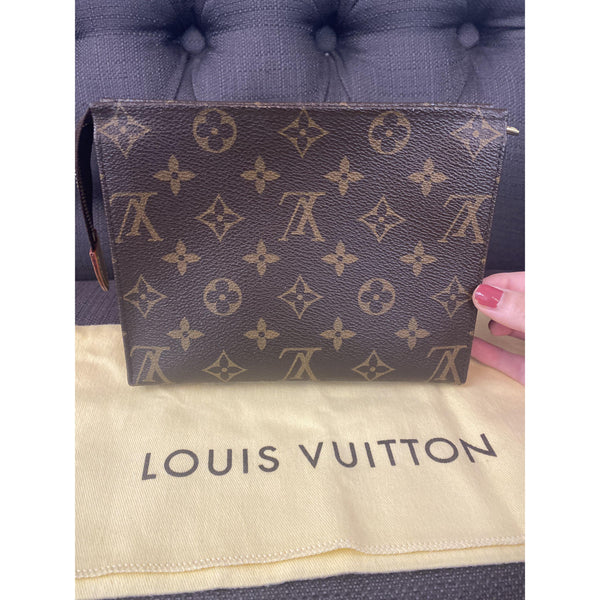 Louis Vuitton Monogram Toiletry Pouch 19