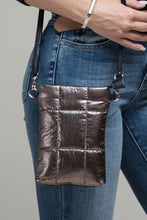 METALLIC BUBBLE CROSS BODY BAG
