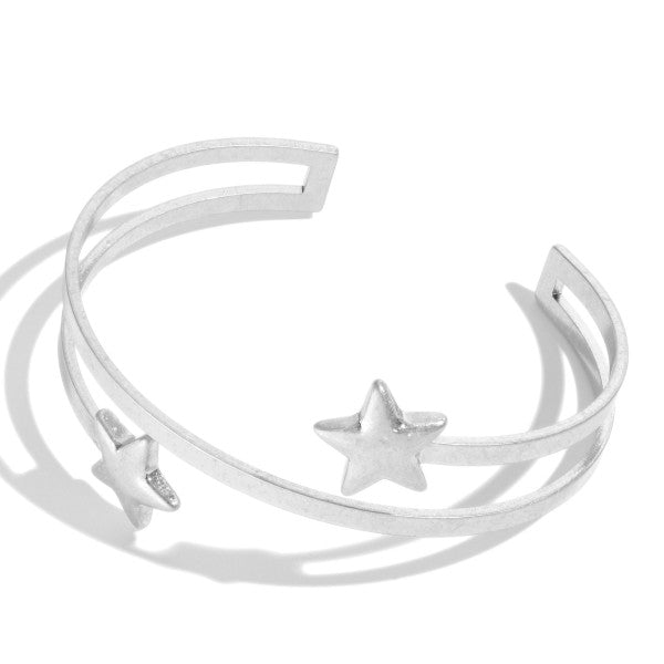 OPEN END METAL STAR BRACELET